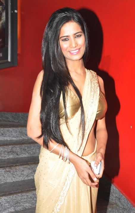 Poonam Pandey Nasha First Look Launch Photos Nasha