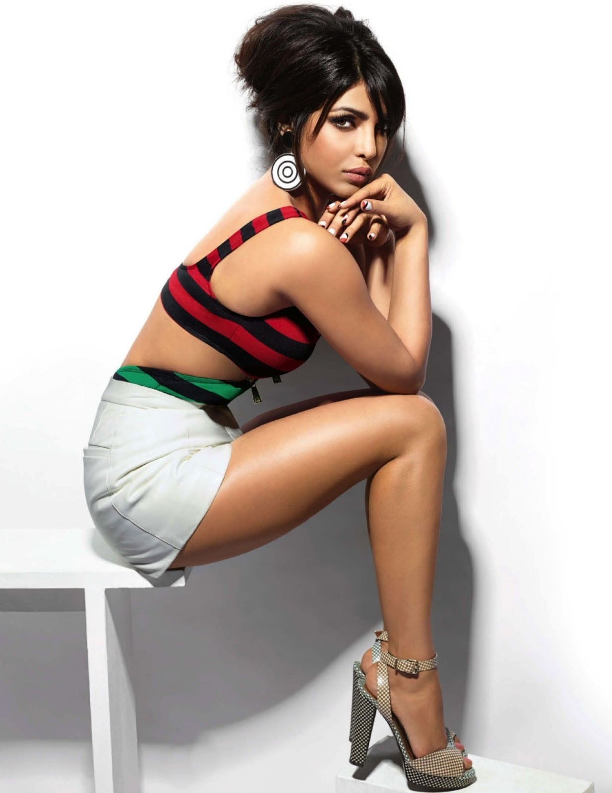 Priyanka Chopra Hd Wallpapers Hot