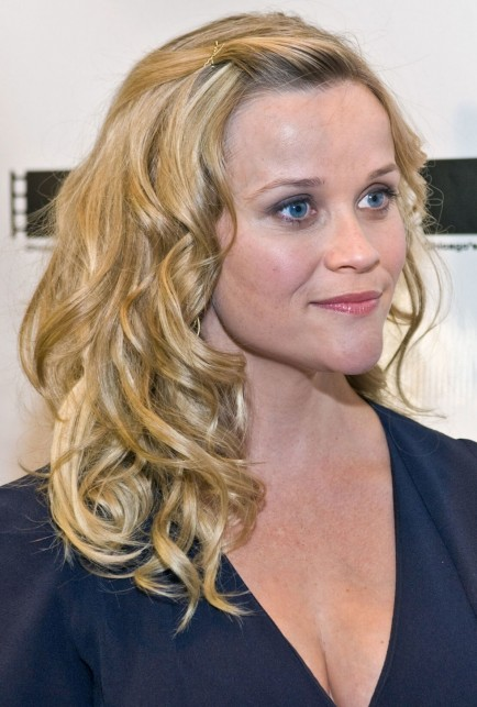 Ecb Ac Rbk Medium Length Hair Reese Witherspoon Chin