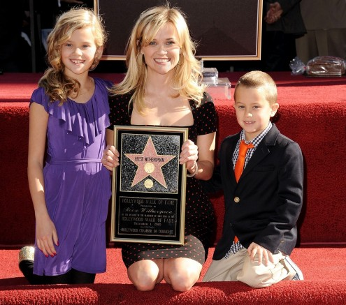 Reese Witherspoon Daughteritokvwdoj Ro Reese Witherspoon