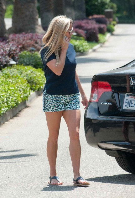 Reese Witherspoon Out And About In Malibu Reese Witherspoon