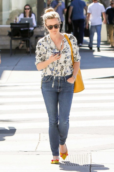 Reese Witherspoon Out For Lunch In Santa Monica Reese Witherspoon