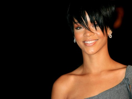 Music Rihanna With Lovely Smile Music