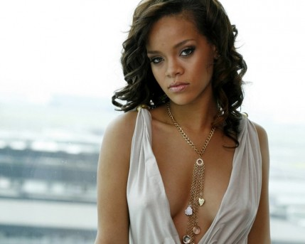 Rihanna Hot Photo Hot