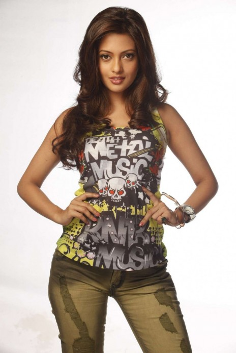 Riya Sen Hot Photoshoot For Movie Riya Sen