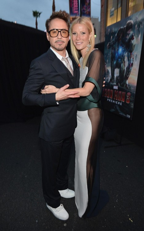 Robert Downey Jr And Gwyneth Paltrow At Event Of Iron Man Omul De Otel