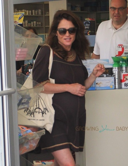 Pregnant Actress Robin Tunney Runs Errands In Beverly Hills Robin Tunney