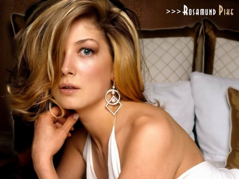 Rosamund Pike Hit