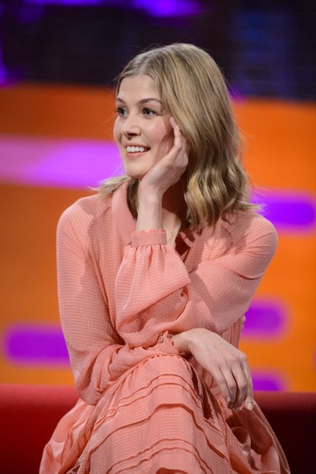 Rosamund Pike The Graham Norton Show In London Uk Rosamund Pike