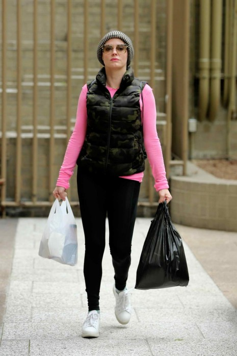 Rose Mcgowan Out And About In New York City Rose Mcgowan