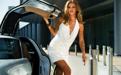 Rosie Huntington Whiteley In Transformers Wide Transformers
