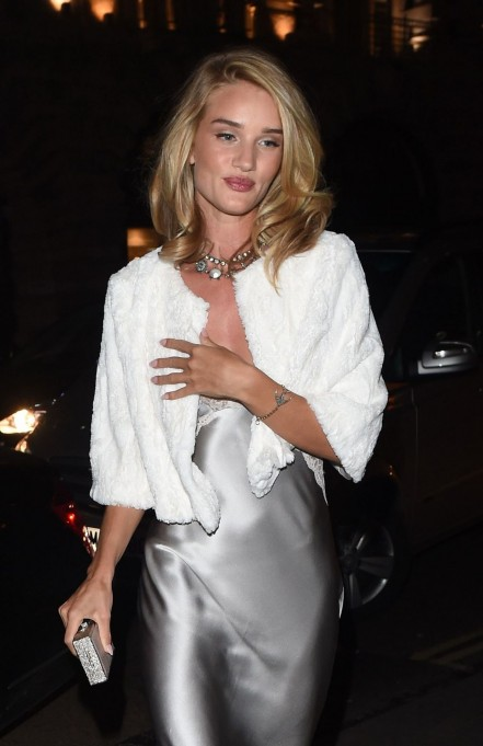 Rosie Huntington Whiteley Night Out Style Outside The Cafe Royal Hotel In London Jan Rosie Huntington