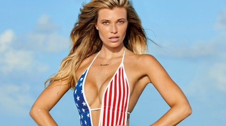 Si Swimsuit Model For World Swimsuit Samantha Hoopes Samantha Hoopes