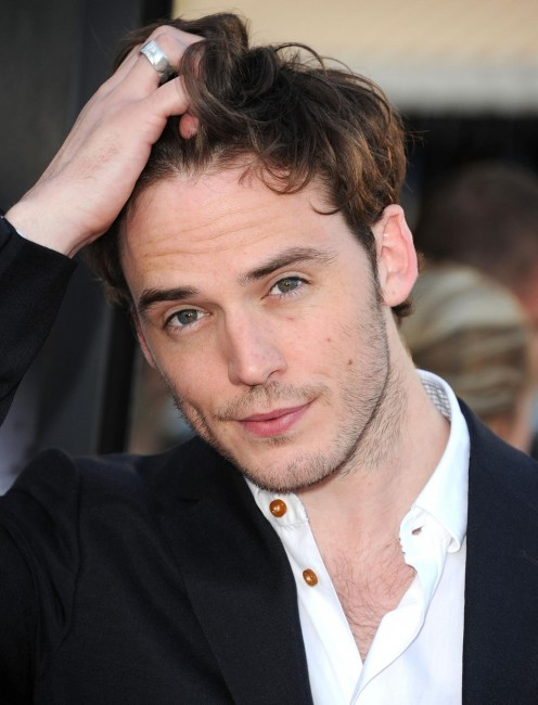 Sam Claflin At Event Of Snow White And The Huntsman Large Picture
