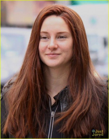 Shailene Woodley Red Hair For Amazing Spider Man Filming Mary Jane