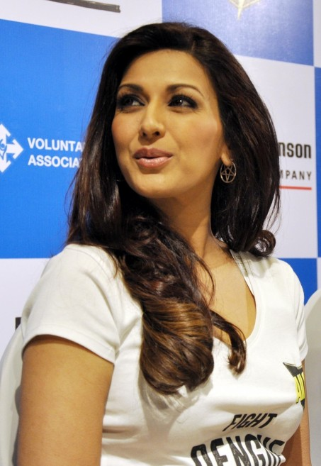 Sonali Bendre Launches National Dengue Awareness Campaign Sonali Bendre