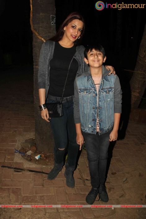 Sonali Bendre Snaped At Emphi Theatre Along With Her Son Sonali Bendre