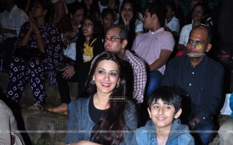 Sonali Bendre Snapped With Son Sonali Bendre