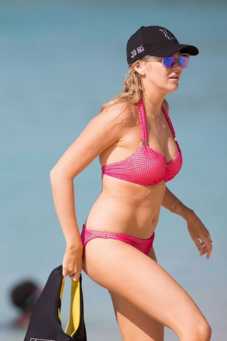Stephanie Pratt Hot In Bikini In Barbados Stephanie Pratt