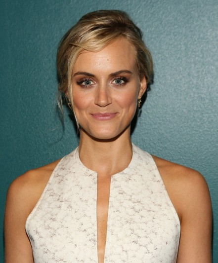 Entertainment Taylor Schilling Piper Main Taylor Schilling