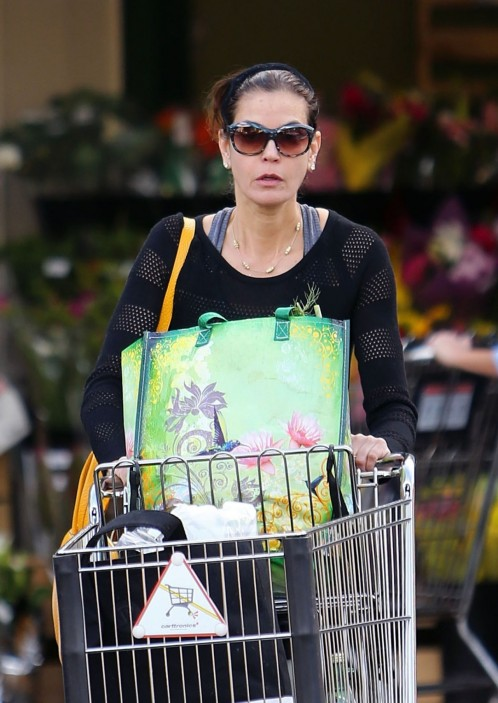Teri Hatcher In Tights At Whole Foods In Studio City January Teri Hatcher