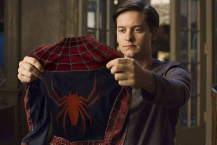 Mary Jane And Peter Parker Spiderman Theredlist Reasons Why Tobey Maguire As Spider Man Makes Perfect Sense For Marvel Tobey Maguire