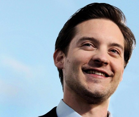 Pv Nade Tobey Maguire