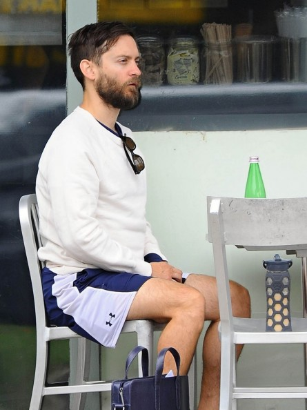 Tobey Maguire In Brentwood California Tobey Maguire