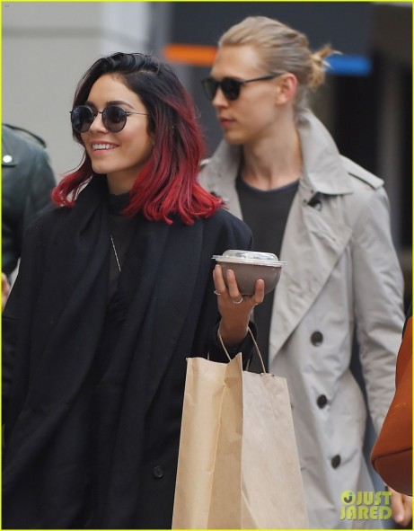 Vanessa Hudgens Shopping In Nyc